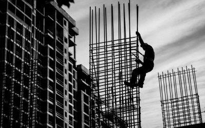 Quais são os principais e como lidar com imprevistos na construção civil?